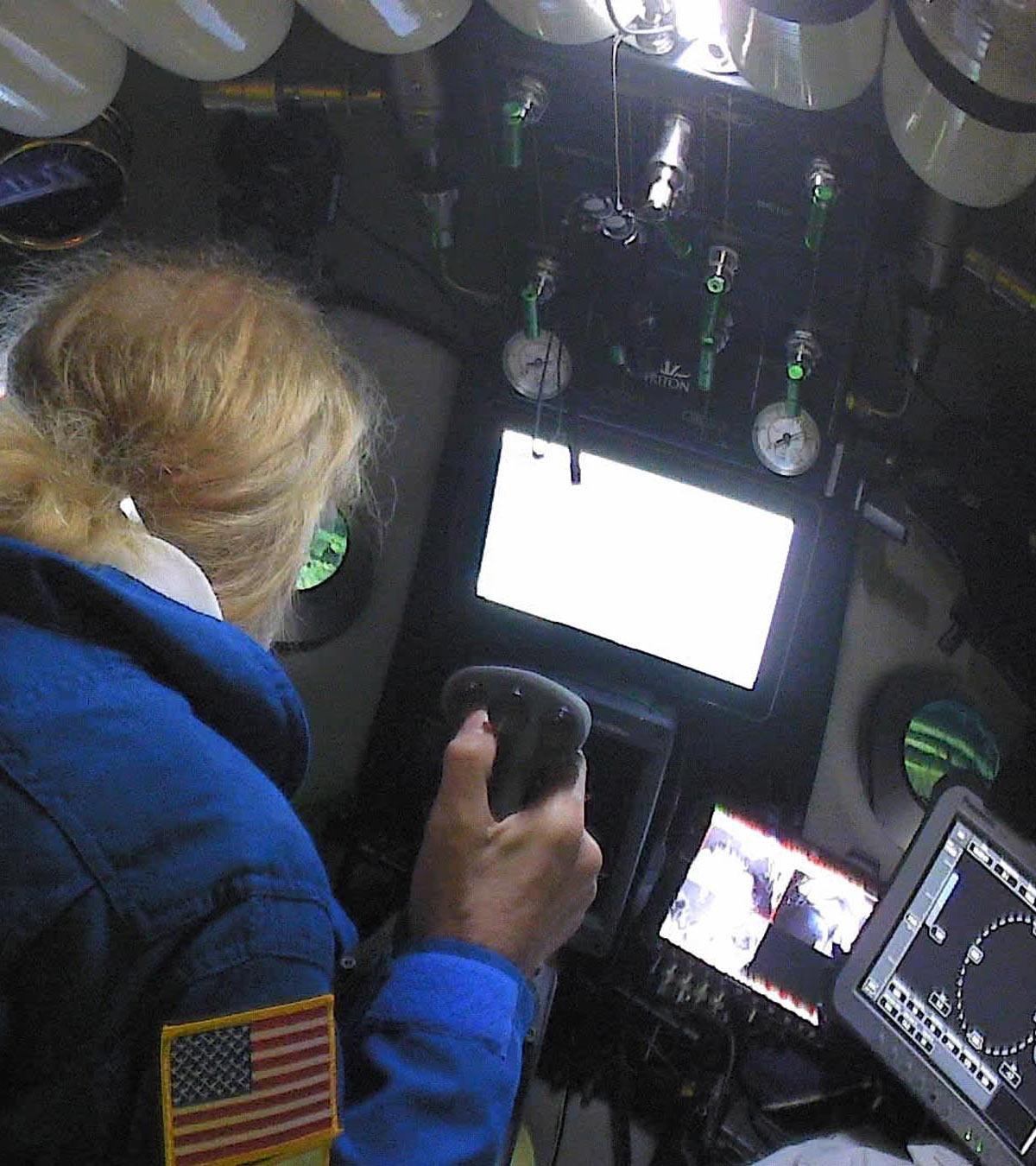 Victor Vescovo piloting the Triton 33000/2