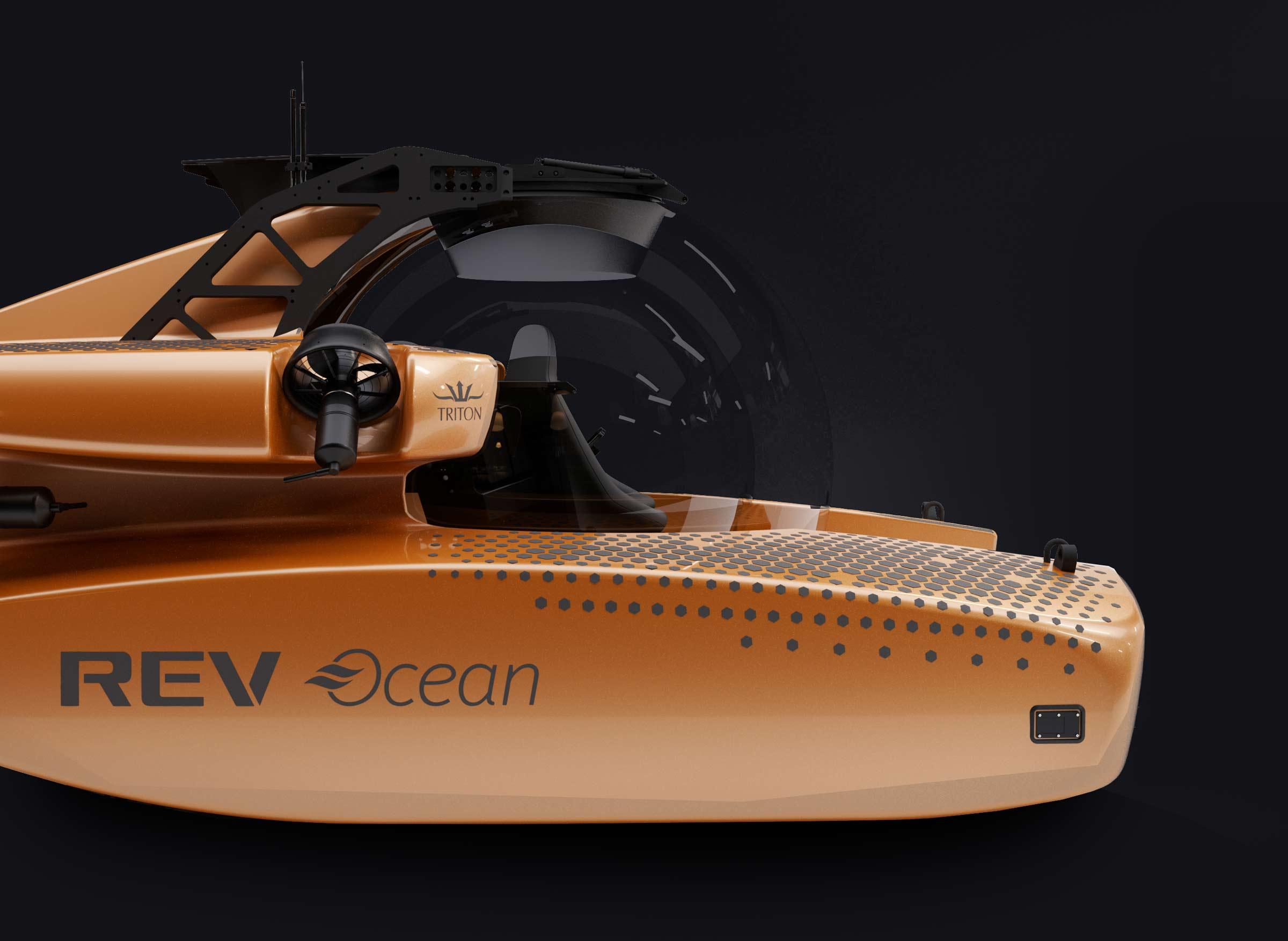 Triton 75000/3 in REV Ocean livery