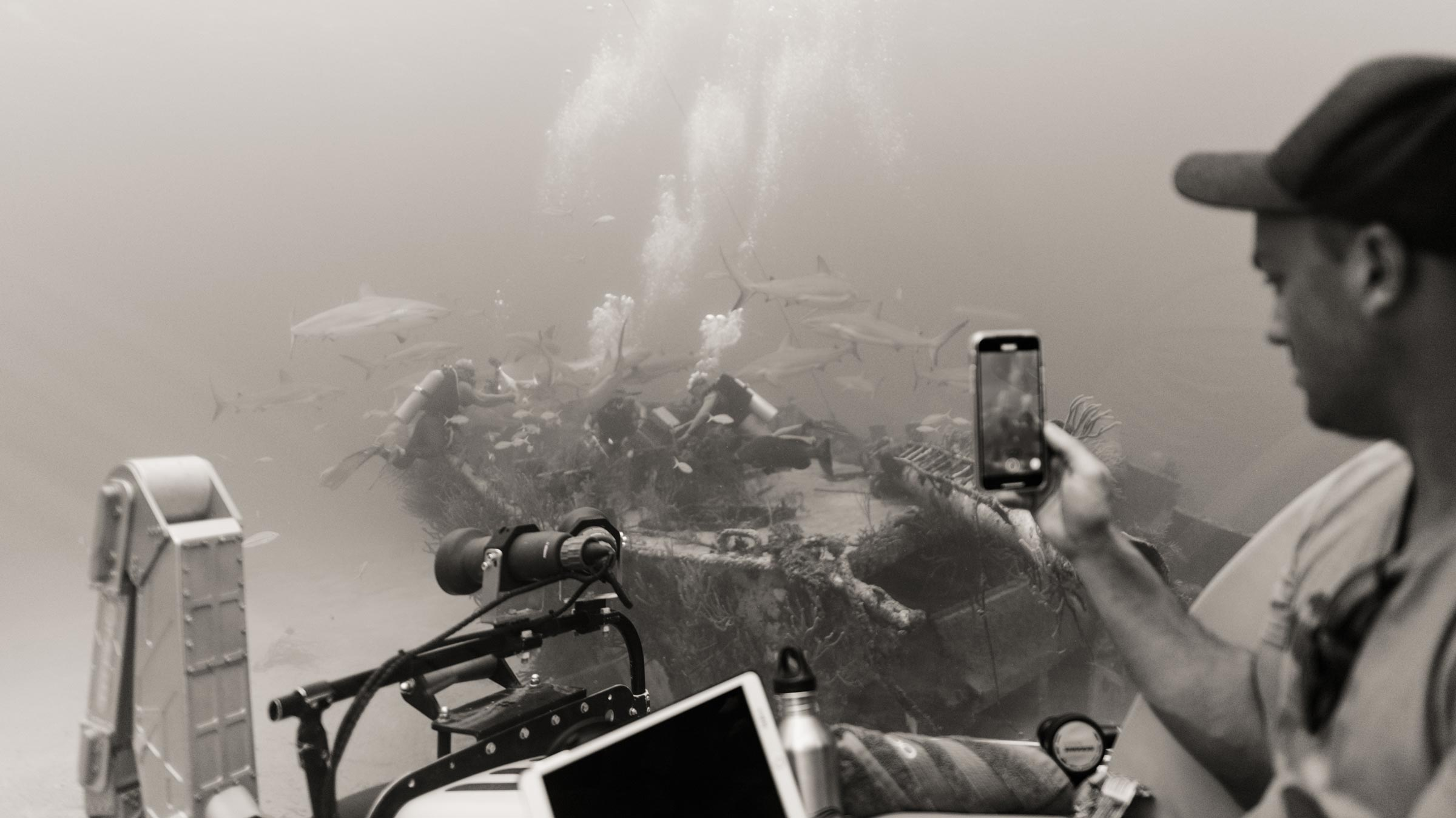 Diving to a wreck in a Triton sub